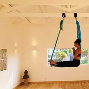Catarina-Mota-Aerial-Yoga-Teacher-oasis-sintra