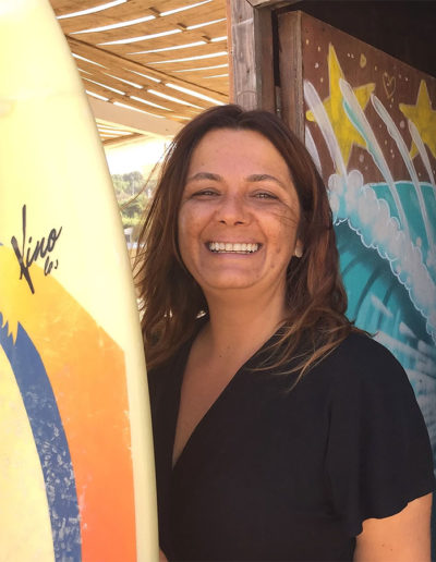 smiling-staff-best-team-oasis-surfcamp-sintra-portugal