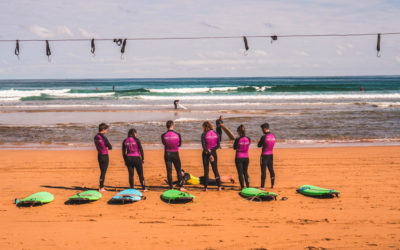 surf-group-class-sintra-oasis-hostels